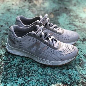 Women's New Balance Gray Running Shoes Size 7